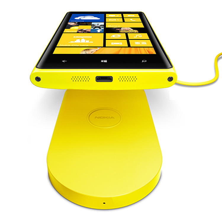 Nokia-Wireless-Charging-Plate-v1a_1500x1500_V2_ATT