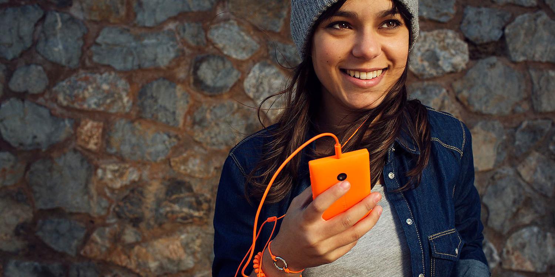 Microsoft Lumia 435 Dual SIM design