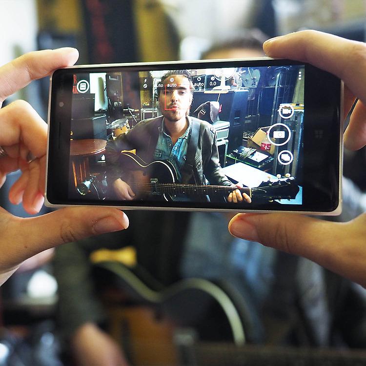 Nokia-Lumia-830-camera